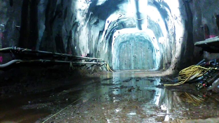 9-ft wide connector tunnel, South Hartford CSO Tunnel