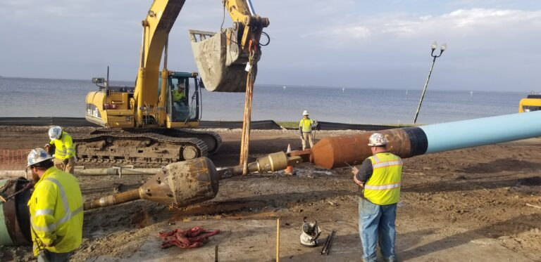 HDD Crew_St. Andrew Bay,Panama City, FL pulling the 24-inch diameter pipe