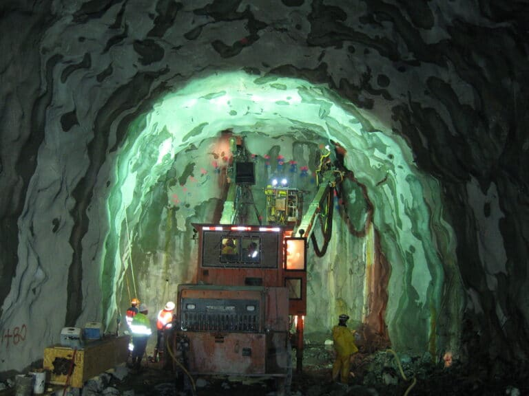 Lake Mead Intake No. 3 Drilling for Starter Tunnel Excavation